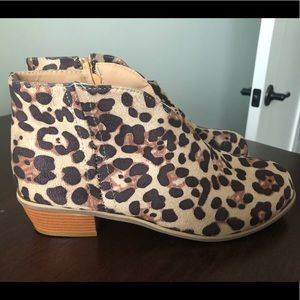 Shoes - Ankle booties Leopard